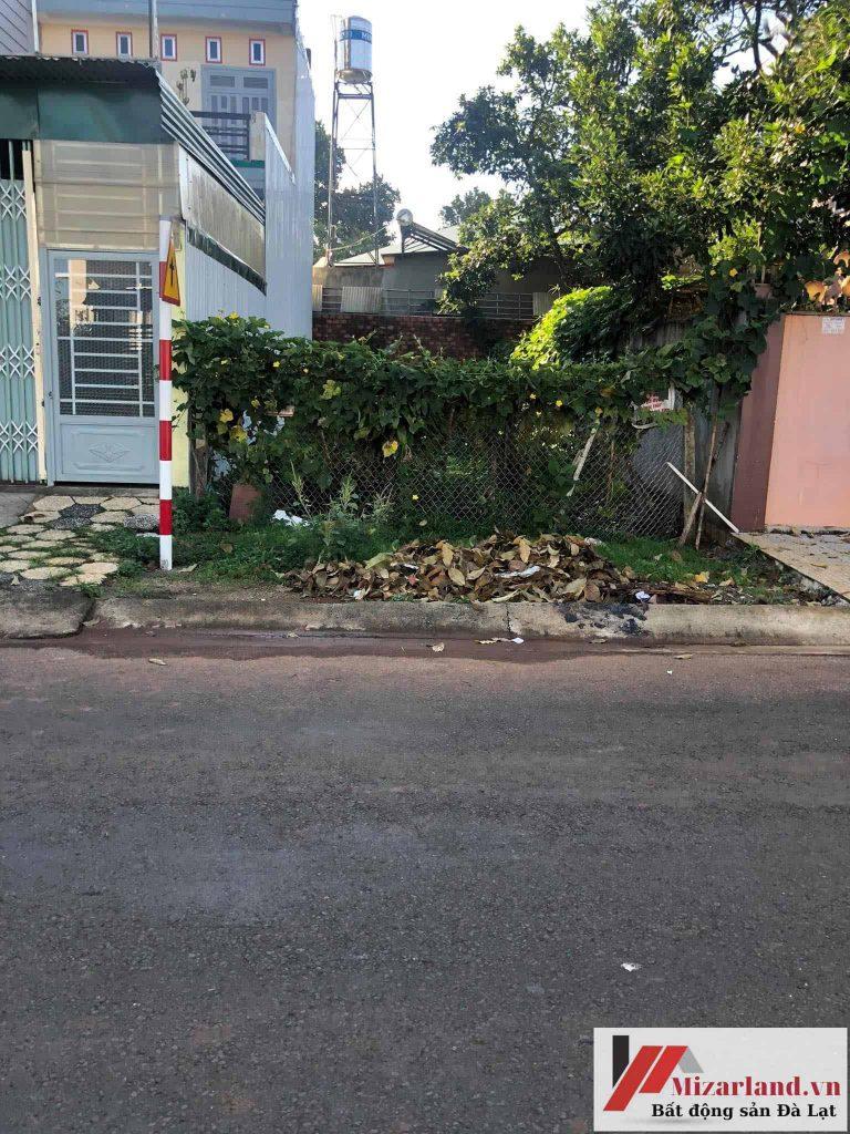 Bán lô đất mặt tiền đường Bùi Thị Xuân, Thành phố Đà Lạt