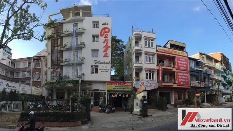 Bán khách sạn hai mặt tiền đường Bùi Thị Xuân, Phường 2, Đà Lạt