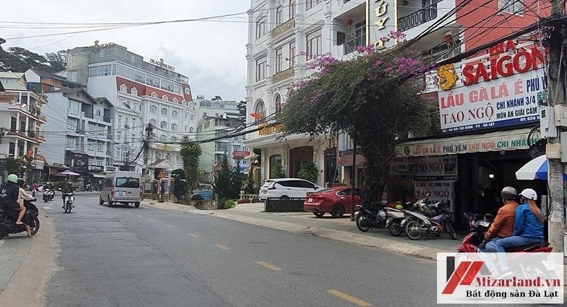 Bán gấp nhà mặt tiền Bùi Thị Xuân, ngay trung tâm Đà Lạt