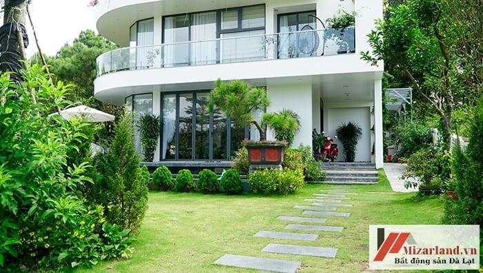Nhà Biệt Thự Sân Vườn Đơn Dương