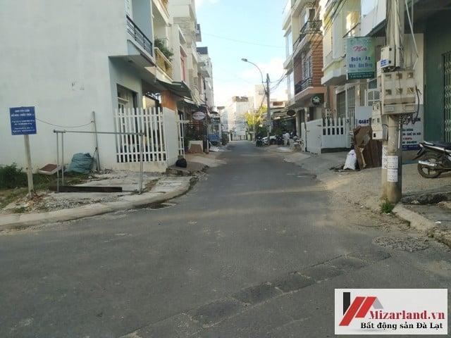 Bán nhà đường khu quy hoạch Phan Đình Phùng